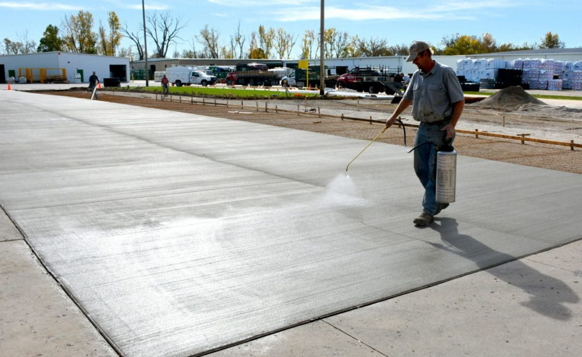 Curing concrete: the principle